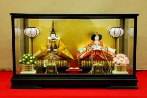 雛人形 ケース飾り ひな人形 黄櫨染のセッ